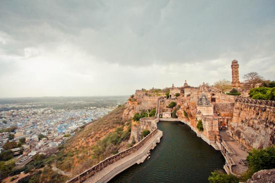 chittorgarh-fort-water-fort-by-noughruff-500px-2